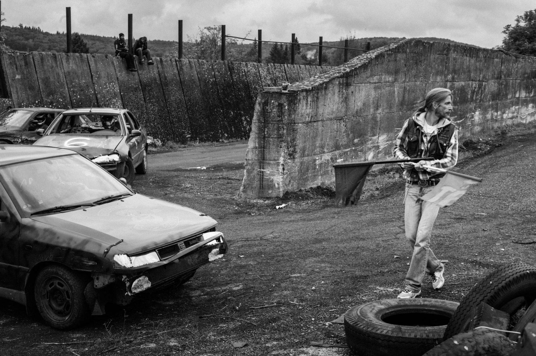 kevin_v_ton_Crash-Cars_07