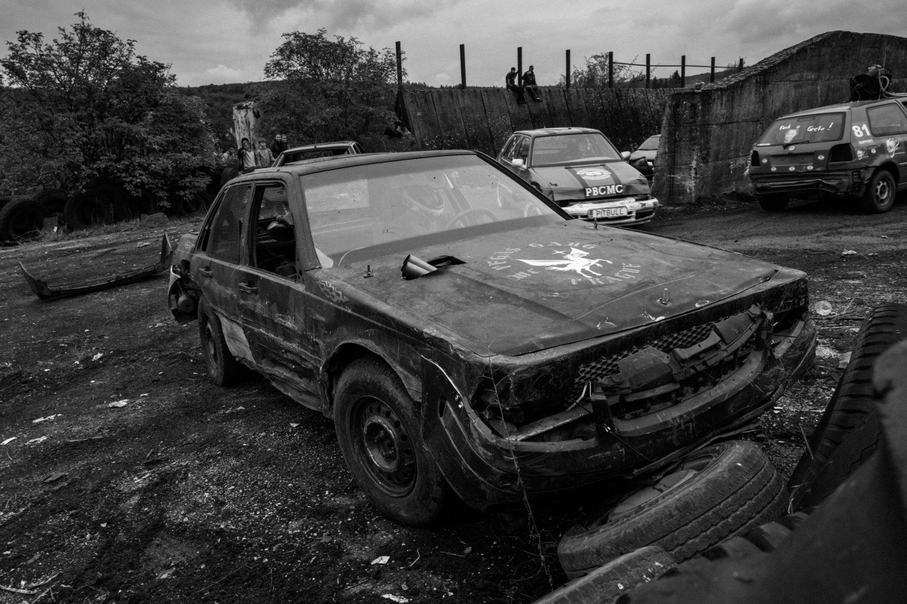 kevin_v_ton_Crash-Cars_09